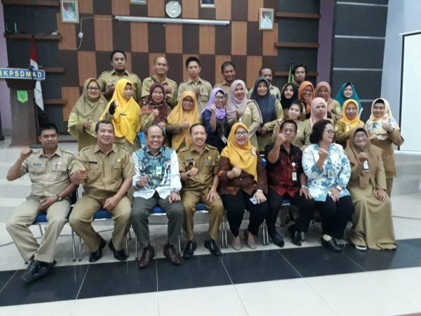Kegiatan Sosialisasi Manajemen Kepegawaian Dalam Rangka Percepatan Pelayanan Kepegawaian Di Kabupaten Sambas